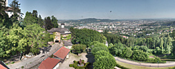 Pöstlingbergschlössl mit Blick über Linz / Pöstlingberg / Österreich
